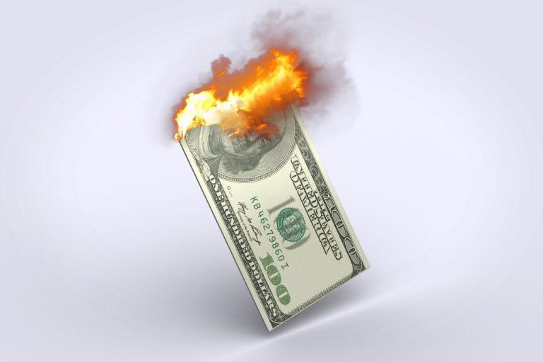 不動産投資の失敗で借金だけが残った…自己破産は避けたいが…